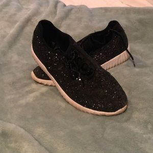 Shoes - Glitter sneakers!